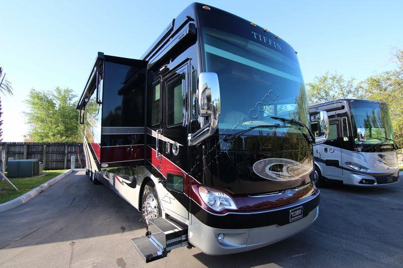2018 Tiffin Motorhomes Allegro Bus 45OPP Class A Diesel Motorhome