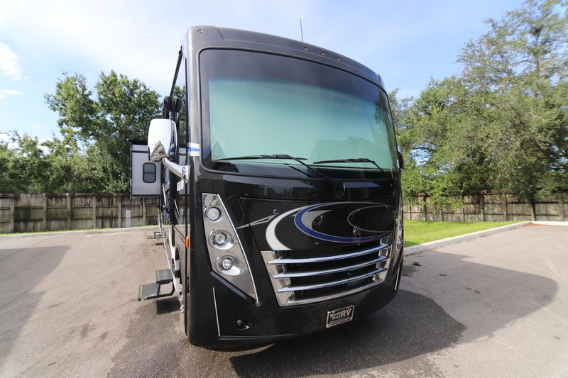 2019 Thor Motor Coach Outlaw 37rb Toy Hauler Class A Gas