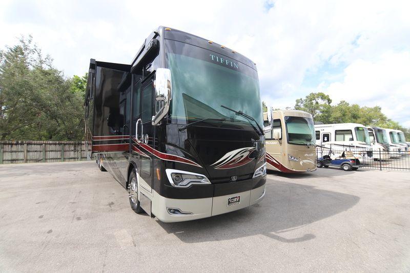 2019 Tiffin Motorhomes Allegro Bus 45 OPP Class A Diesel