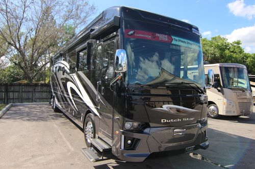 Newmar Dutch Star luxury motorhomes for sale in Florida