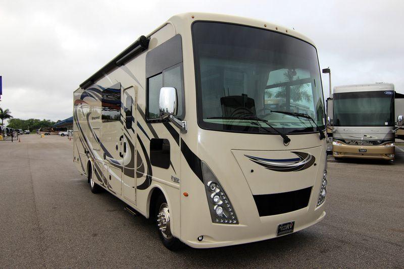 2018 Thor Motor Coach Windsport 29m Class A Gas Motorhome