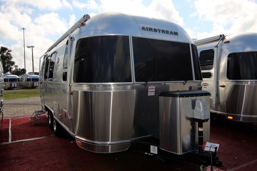 Airstream luxury travel trailers & motorhomes for sale