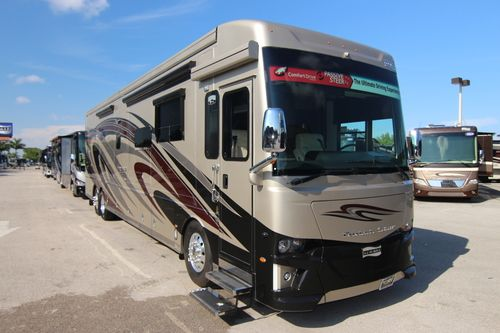 Newmar Dutch Star luxury motorhomes for sale in Florida